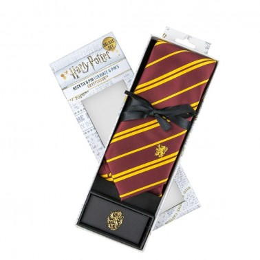 Set Deluxe Corbata y Pin Gryffindor